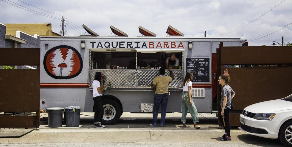 The Taqueria Barba truck, located at 2205 Washington and Hemphill. Photos by Becca Wright