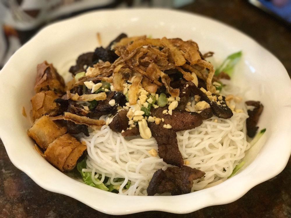 Thu Thu Bun Bo Nuong Xa w: Lemongrass