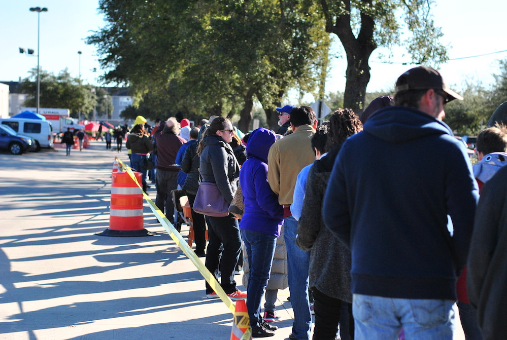 Hundreds of Houstonians showed up for the January Fruit Tree sale hosted by Urban Harvest. Scroll down for the February and March dates.
